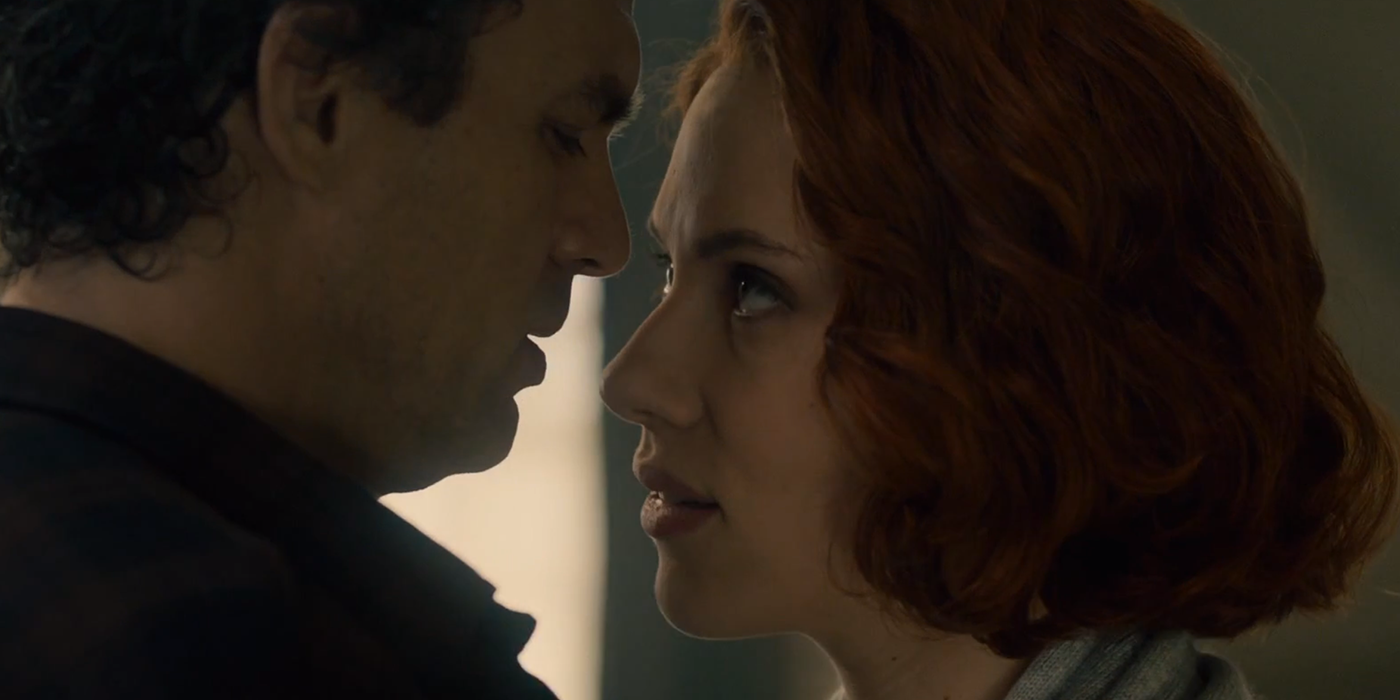 Black Widow Star Says Hulk Romance Was Scrapped For Greater Good