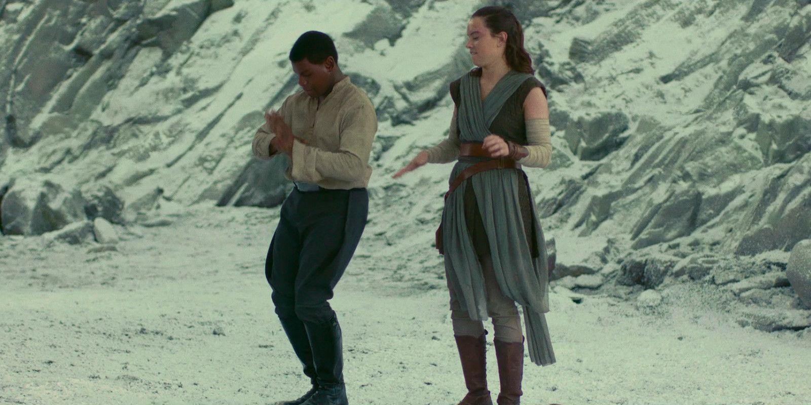 Rey: Star Wars: John Boyega Supports Finn & Rey Romance