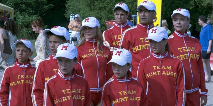 5 Reasons Cheaper By The Dozen 2003 Is The Best 5 Reasons The Sequel Is Better