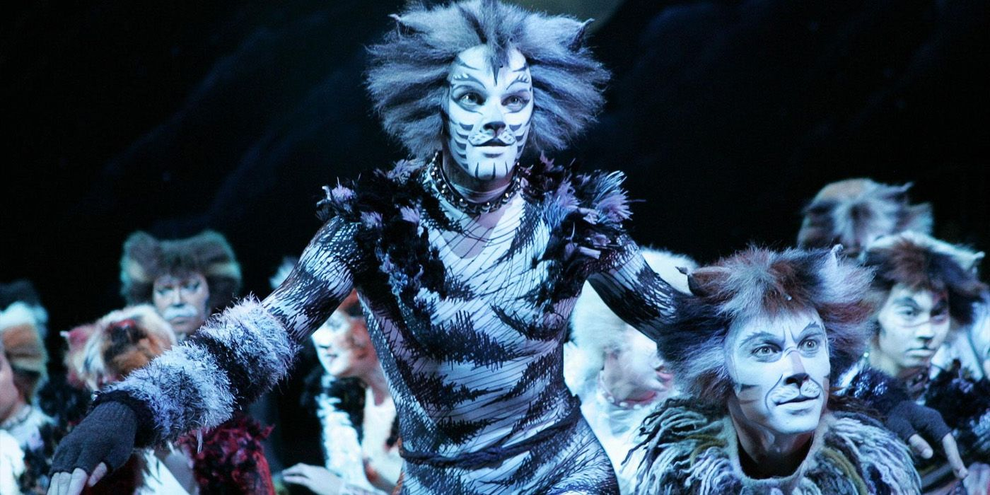 cats movie musical gets a release date  wicked adaptation