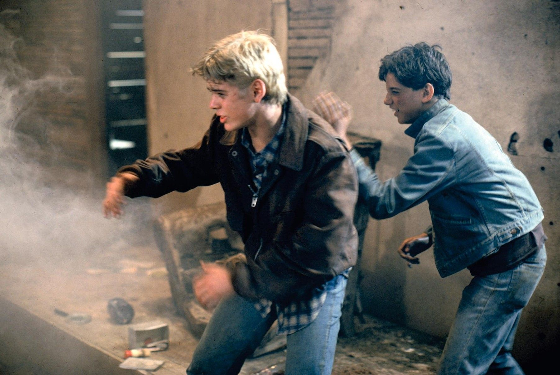 essays on the movie the outsiders The central theme of the novel is class conflict the greasers are considered outsiders in their community because they live on the wrong side and don't fit in with the socs, a gang of rich kids.