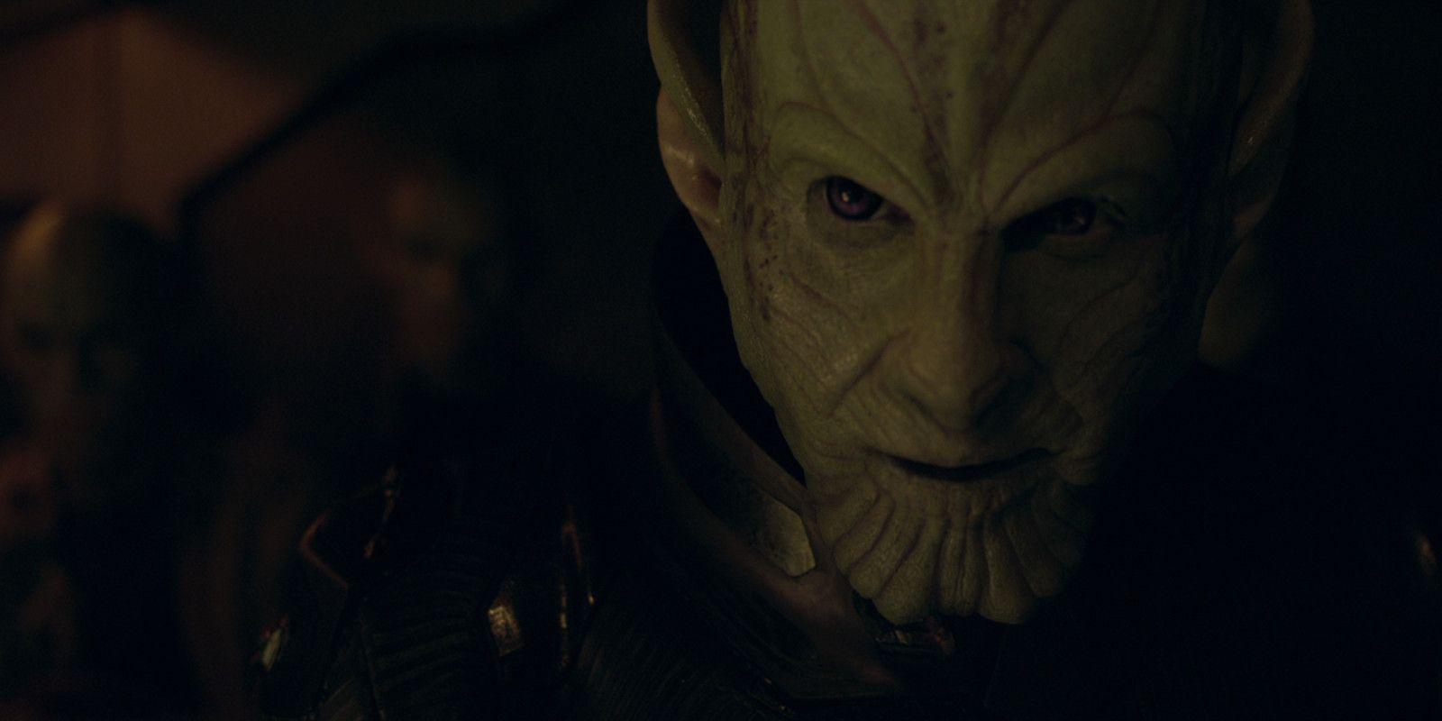 Captain Marvel The Skrull In The Comics Vs Movie Screenrant