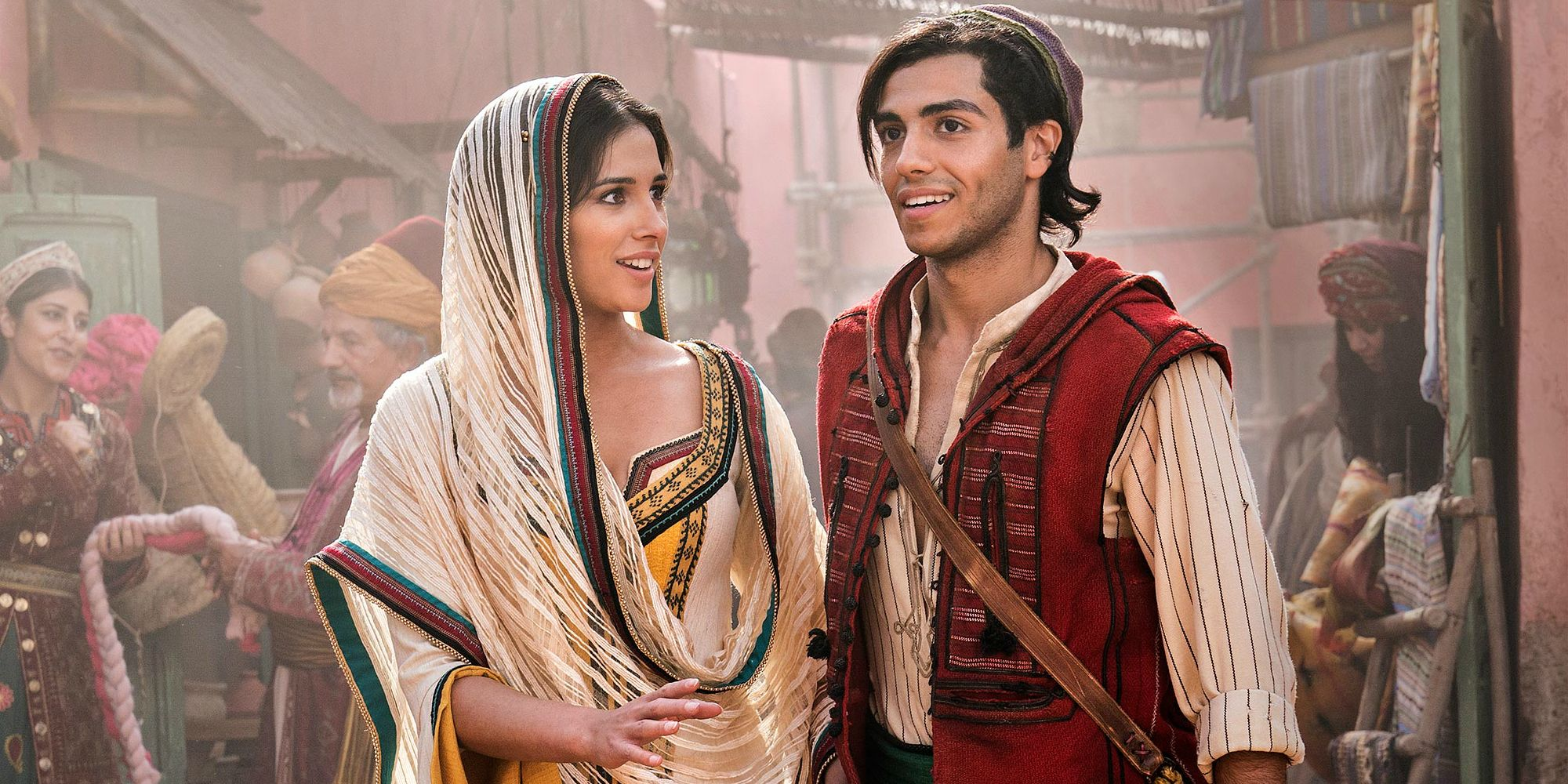 TV and Movie News Aladdin Meets Jasmine In New Live-Action Remake ...