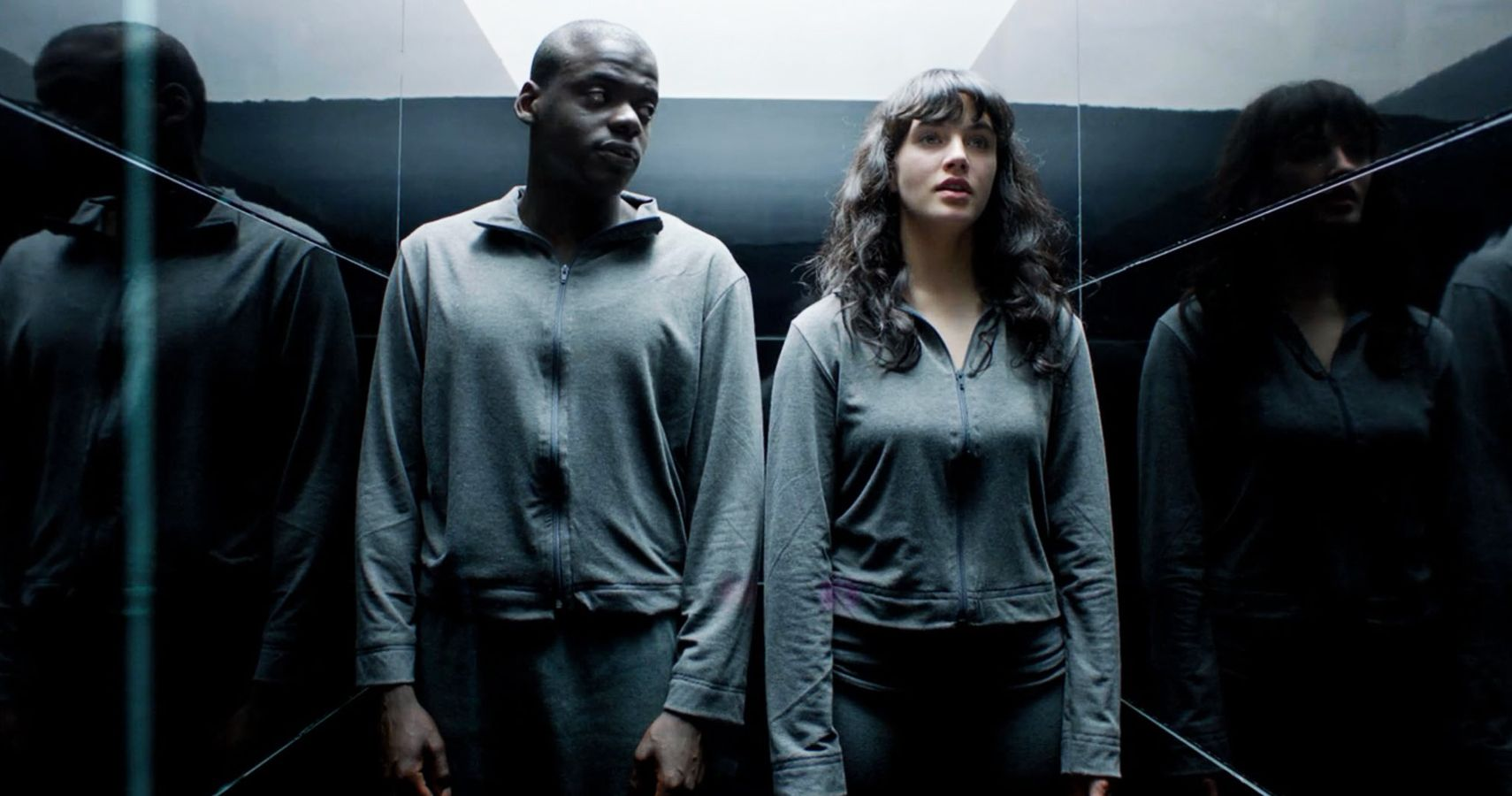 10 Hints That Black Mirror Is A Shared Universe | ScreenRant