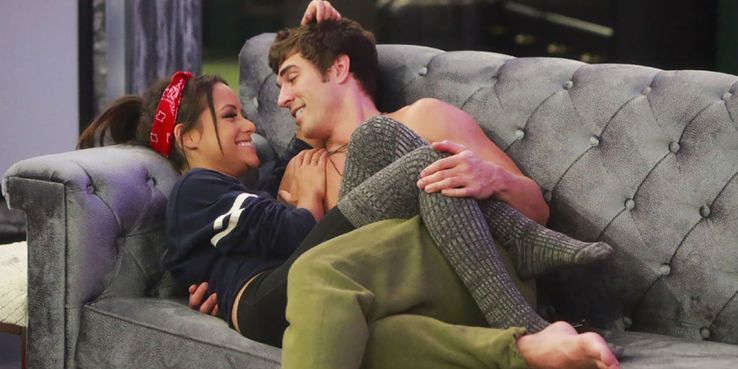 Big Brother: 5 Showmances That Are Still Together (& 5 That Aren't)