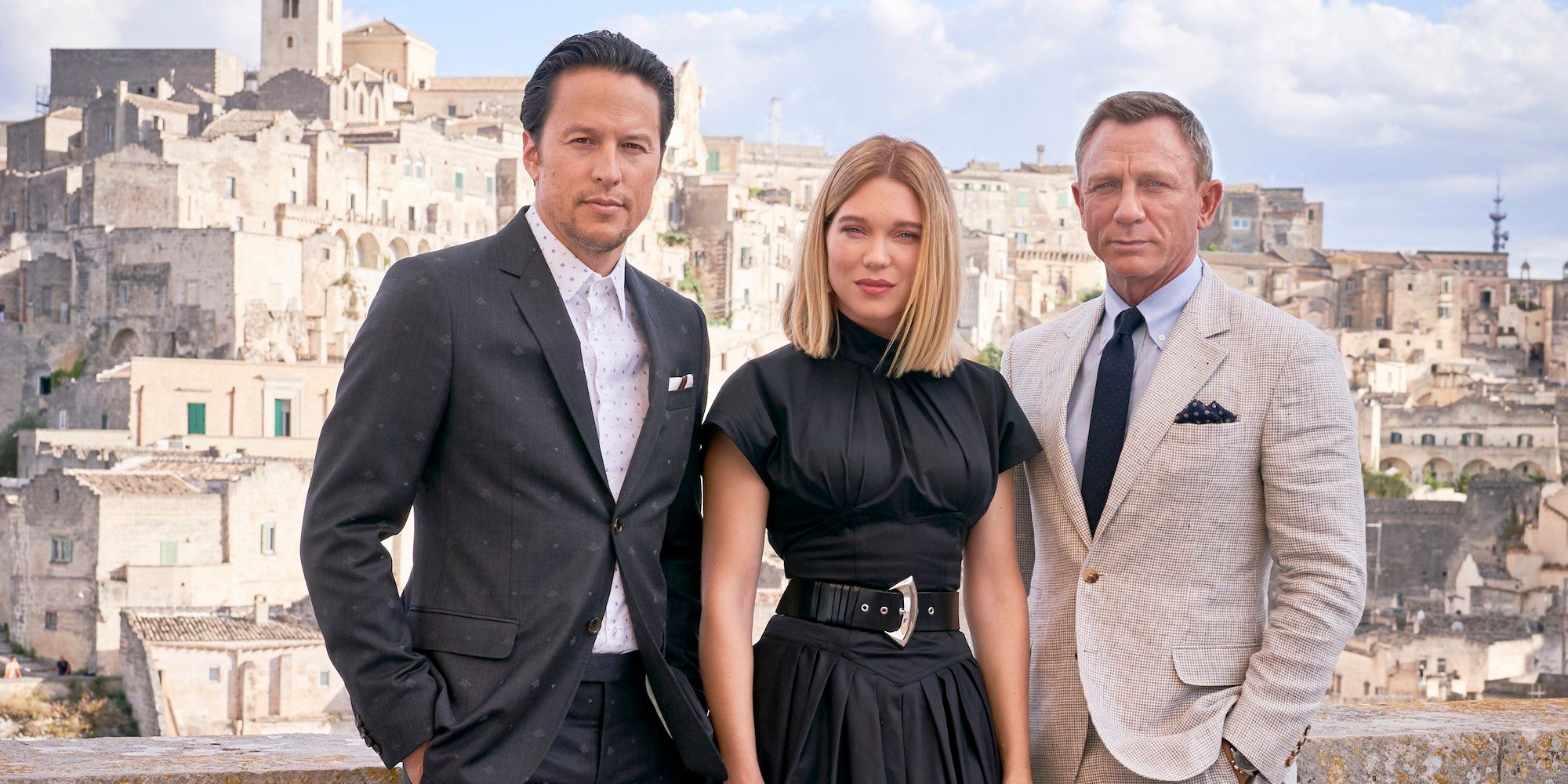 Why No Time To Die's Director Isn't Changing Bond Movie Despite Delay