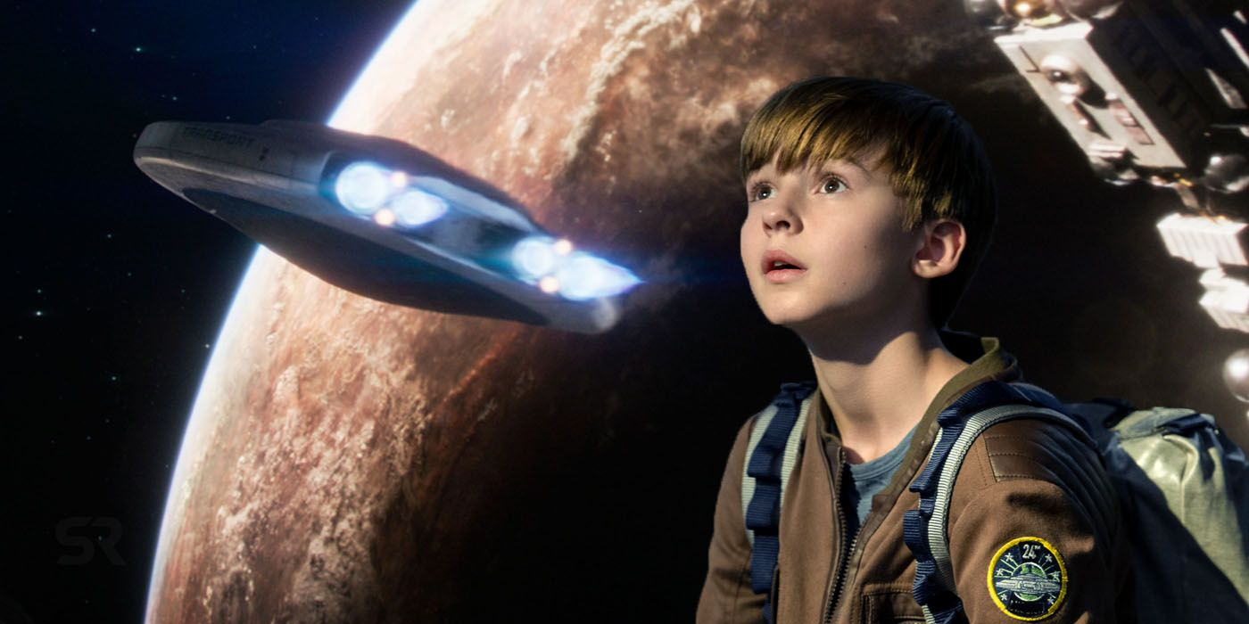 Lost In Space Season 2 Cast Character Guide Screen Rant